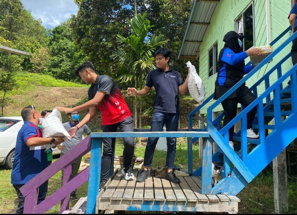 Distribution to one of the families in Tutong